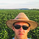 Ola, gostaria de saber se devo aplicar trifluralina com o solo arado, ou posso aplicar quando se tem uma previsão de chuva, usando a água como veiculo para o herbicida chegar ate o alvo?